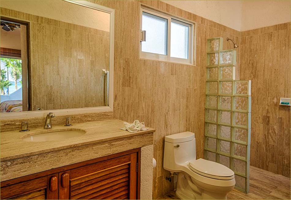 Guestroom number 4 features a full private bathroom